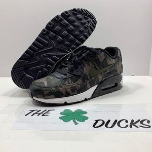 Nike Shoes - Nike air max 90 CSE camouflage